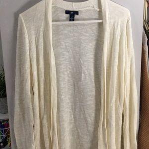 Gap cream colored cardigan sweater
